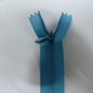 Молния потайная №3 20см Е-546 голубой