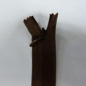 Молния потайная №3 20см Е-568 шоколад