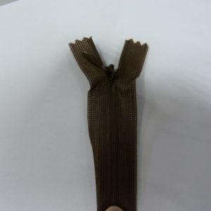 Молния потайная №3 20см Е-569 темно-коричневый