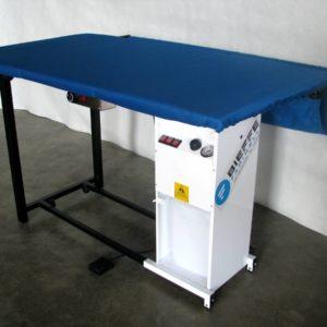 BF Гладильный стол 210E  с подогревом и вакуумным отсосом
