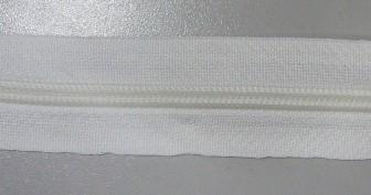 Рулонная молния спираль №3 10.25гр/м 200м/рул (501 белый)